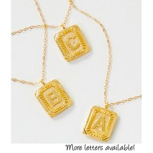 🍒3/$30 New Gold Monogram Tag Necklace